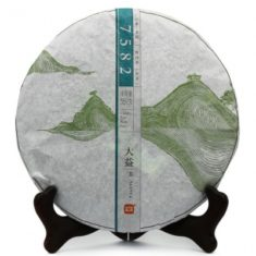 Чай Шен Пуэр 7582 Да И 2013 года