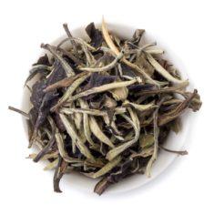 Китайский белый чай Юэ Гуан Бай (Лунный белый свет)